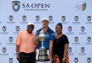 Stenson back to his best in his home country