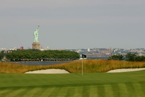 A picturesque course with views of the Statue of Liberty