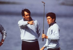 Olazabal learning off the very best.  He also had one hell of a hair doo then...