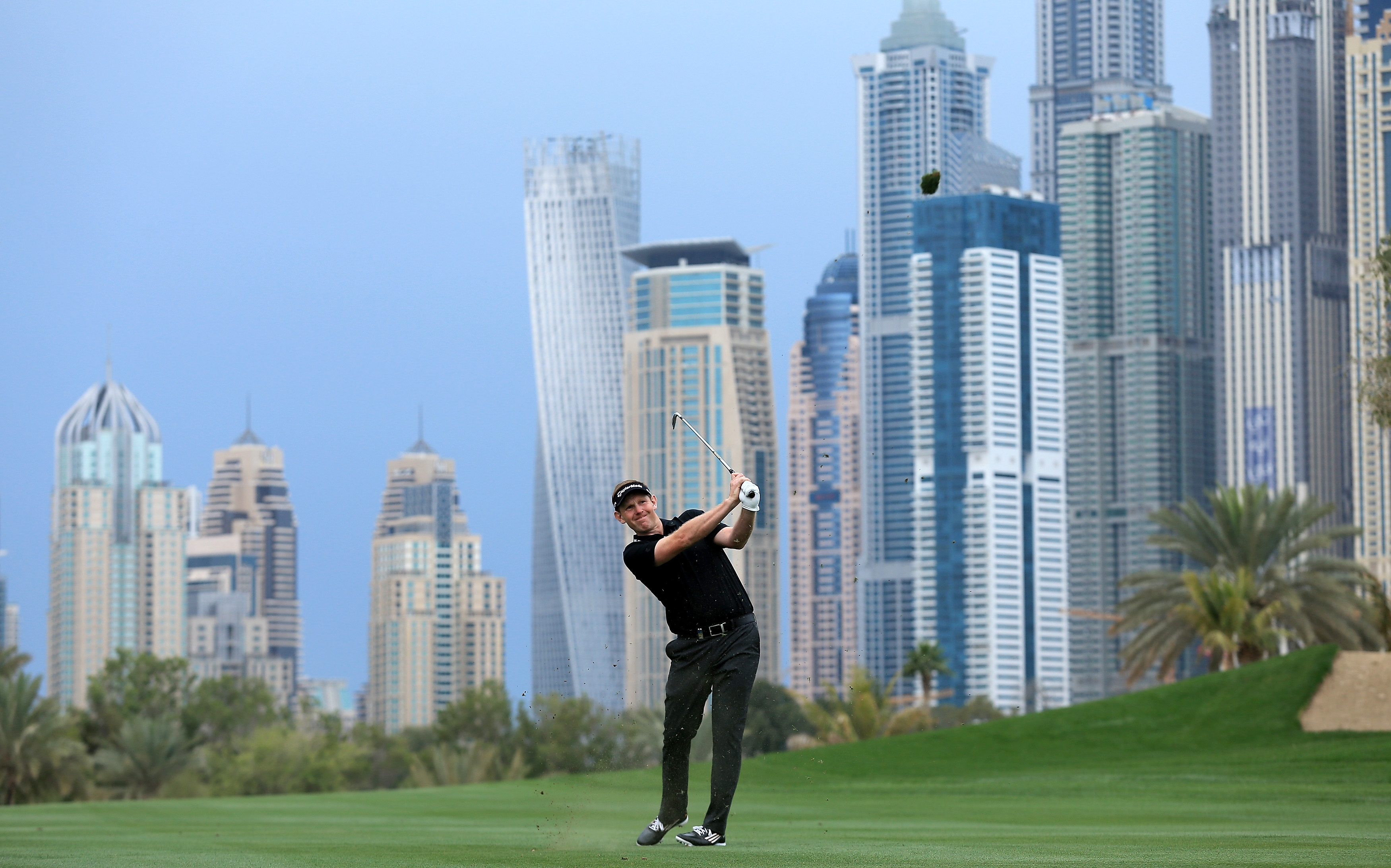 Картинки по запросу гольф дубаи